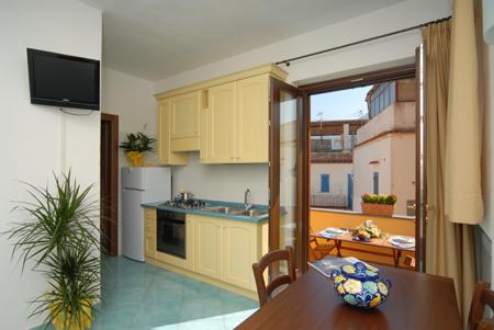 Ponti e weekends offerte giugno last minute casa vacanze for Soggiorno a ischia last minute